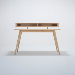 Stafa desk with shelf | 140x80 | Desks | Gazzda