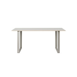 70/70 Table | 170 x 85 cm / 67 x 35"