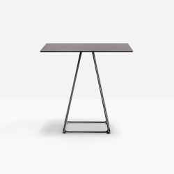 Lunar 5540 | Tables de repas | PEDRALI