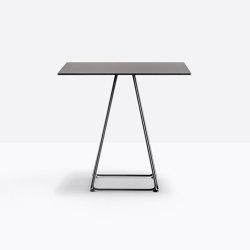 Lunar 5540 | Dining tables | PEDRALI
