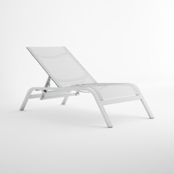 Stack Reclining Deckchair | Sun loungers | GANDIABLASCO
