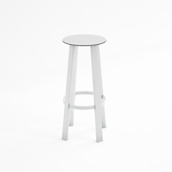 Stack High Stool | Bar stools | GANDIABLASCO