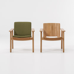 Riva low club armchair | Sessel | KETTAL