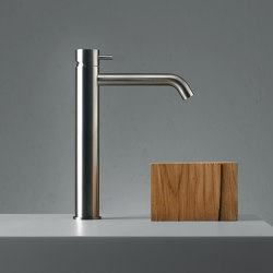 Source | Stainless steel Deck mounted mixer | Wash basin taps | Quadro