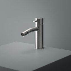 Source | Stainless steel Deck mounted bidet mixer | Bidet taps | Quadrodesign