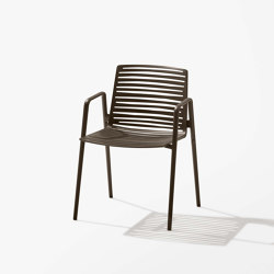 Zebra chair with armrests | Armchairs | Fast