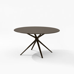 Moai round Table | Dining tables | Fast