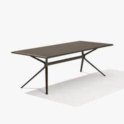 Moai rectangular table | Dining tables | Fast