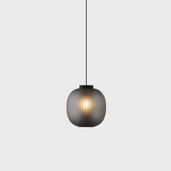 Bloom Pendant - Black | Suspended lights | Resident