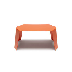 Sapporo | SPR 01 | Side tables | Made Design