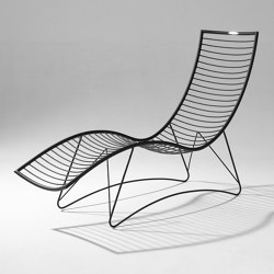 Curve Wave Lounger Swing Chair on Base stand | Sun loungers | Studio Stirling