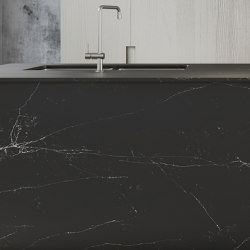 Unique Marquina™ | Natural stone tiles | Compac