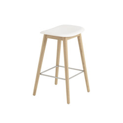 Fiber Counter Stool | Wood Base | Taburetes de bar | Muuto