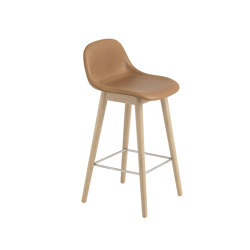 Fiber Counter Stool | Wood Base | Leather | Bar stools | Muuto
