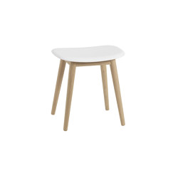 Fiber Stool | Wood Base | Pufs | Muuto