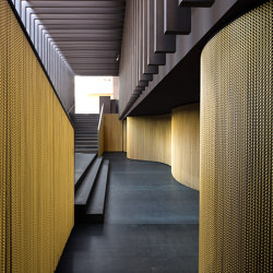 Wallcovering Curved Hall | Metal meshes | Kriskadecor