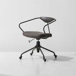 Akron Desk Chair | Sedie | District Eight