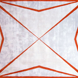 Maltese Cross Rug | Formatteppiche | Ivar London