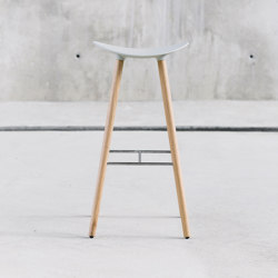 Coma Wood stool | Bar stools | ENEA