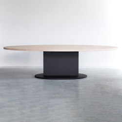 Opium oval table | Mesas comedor | Van Rossum