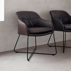 Caspar | Chairs | Wendelbo