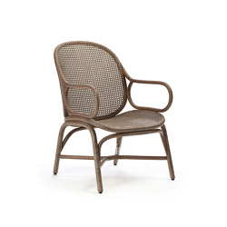 Frames Low backrest armchair with rattan legs | Armchairs | Expormim