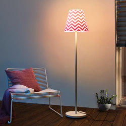 Swap | with Rose-pink chevron shade | Lampade outdoor piantane | Moree