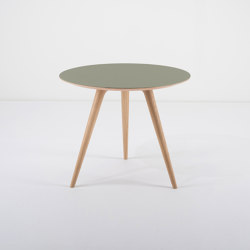 Arp | side table ϕ 55 | Side tables | Gazzda
