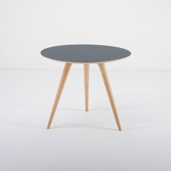 Arp | side table ϕ 55 | Tables d'appoint | Gazzda
