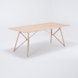 Tink table | 200x90x75 | oak | Dining tables | Gazzda