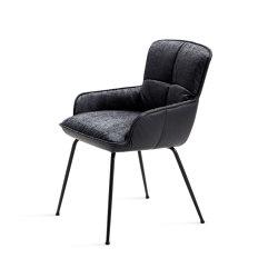 Marla | Armchair Low 4 legs steel frame tapered | Chairs | Freifrau Sitzmöbelmanufaktur