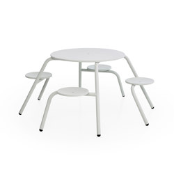 Virus 4-seater with standard tabletop (with drainage holes & parasol hole) | Table-seat combinations | extremis