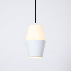 Updown (White) | Suspended lights | Hand & Eye Studio