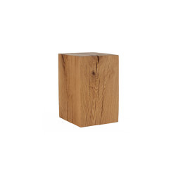 Putnam Oak Cube Table | Tavolini alti | Pfeifer Studio