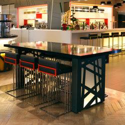 Silestone | Hotel furniture Pullmann Hotel London | Tables hautes | Rosskopf + Partner