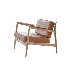 Model 107 - oak | Armchairs | Magnus Olesen