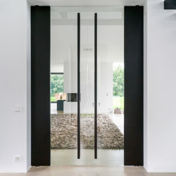 System M | Pivoting Glass Door | Hinges | FritsJurgens