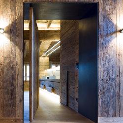 System M | Wooden Pivot Door | Hinges | FritsJurgens