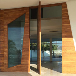 System One | Wooden Entrance Pivot Door | Hinges | FritsJurgens