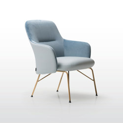 Level | Armchairs | Quinti Sedute