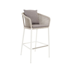KNOT BARSTOOL WITH ARMS | Barhocker | JANUS et Cie