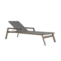 TRIG CHAISE LOUNGE WITH ARMS | Lettini giardino | JANUS et Cie
