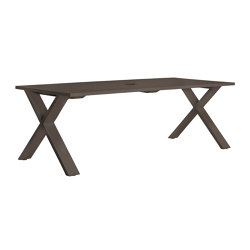 GET-TOGETHER TABLE 221 WITH UMBRELLA HOLE | Dining tables | JANUS et Cie
