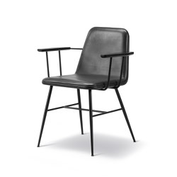 Spine Metal Base Armchair | Sillas | Fredericia Furniture