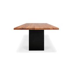 Ferro | Tables de repas | reseda
