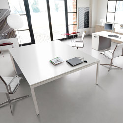KOSMOS meeting table | Tables collectivités | IVM
