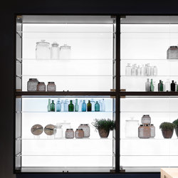Multi-Material Wall Unit | Display cabinets | Rossana