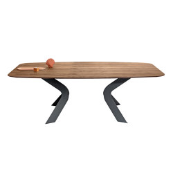 Bipede | Dining tables | miniforms