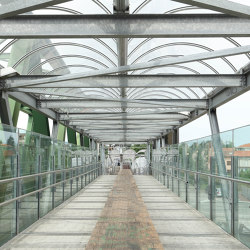 Fibra pedestrian walkways | Natural composites | Saimex