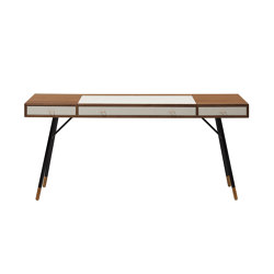 Cupertino Desk T047 | Desks | BoConcept